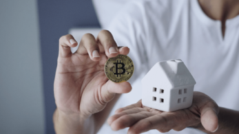 Real Estate Billionaire Buys Bitcoin, Accepts BTC for Rent Payment at His Residential and Retail Properties